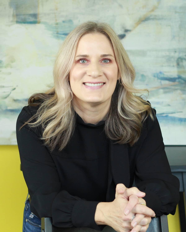 Louise Johns